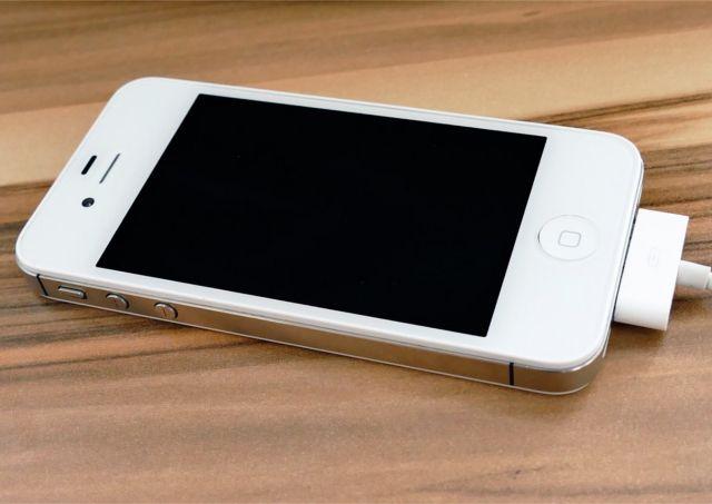 充電中iPhone